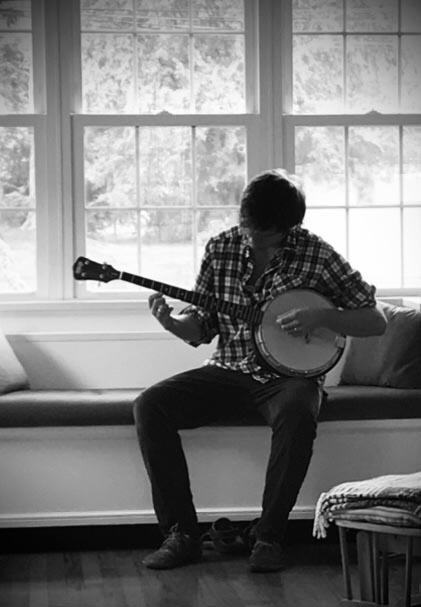 Long-Legged Guitar Pickin' Man